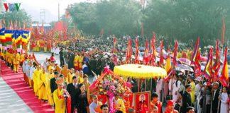Lễ hội mùa thu ở Đền Kiếp Bạc từ hơn 700 năm qua, mang dáng dấp uy linh và giàu tính nhân văn bởi nhiều yếu tố đặc sắc mà không lễ hội nào có được.